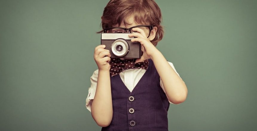 Boy_with_Camera